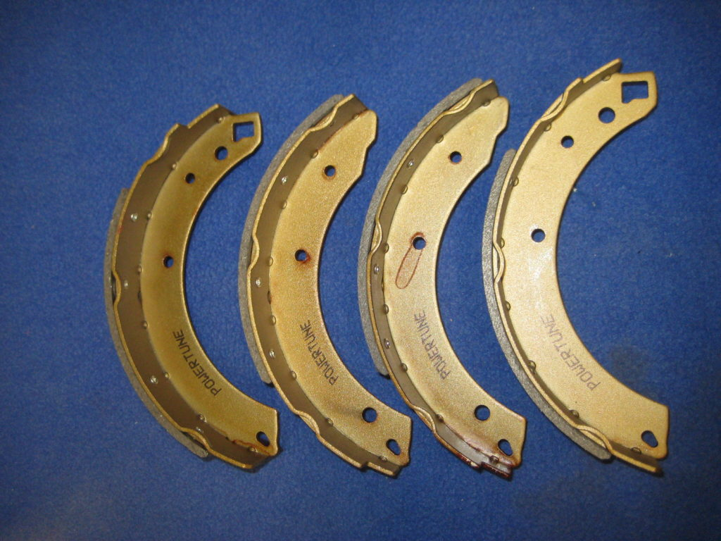 MGC MGC-GT /'67-/'69 REAR BRAKE SHOES GBS741
